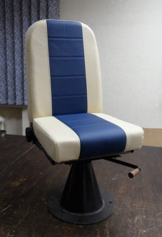 шкиперское кресло для лодки