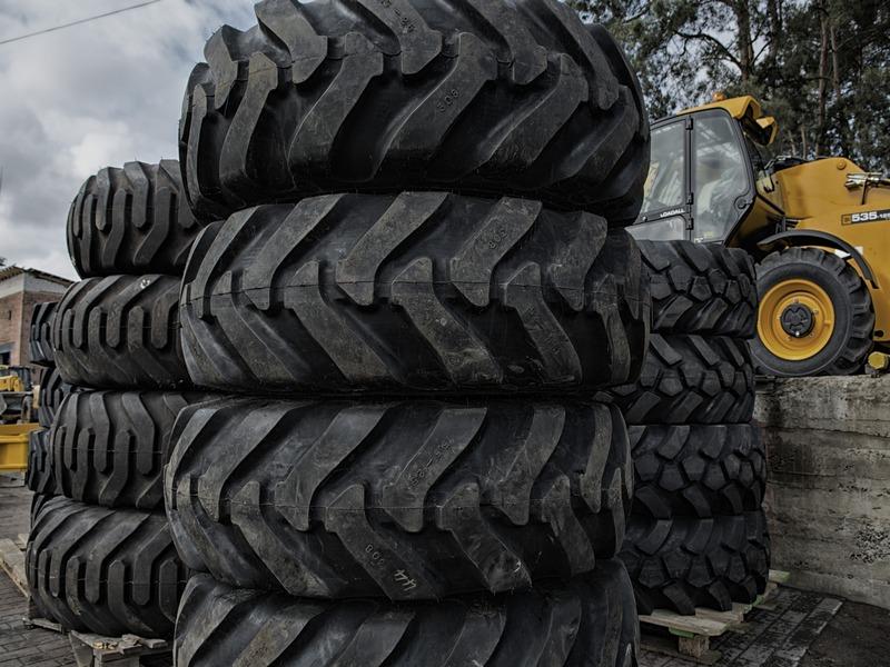 Tires to the JCB equipmen