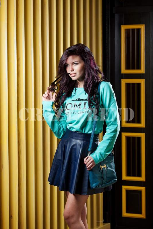 08a1df2bc7eca22 Спідниця шкіра синя. Жіночий одяг оптом від виробника Полтава 1840 ...