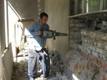 Services of jackhammers electric with personnel