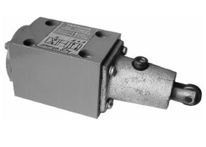Гидрораспределитель с механическим управлением от ролика РМР 6.3*
