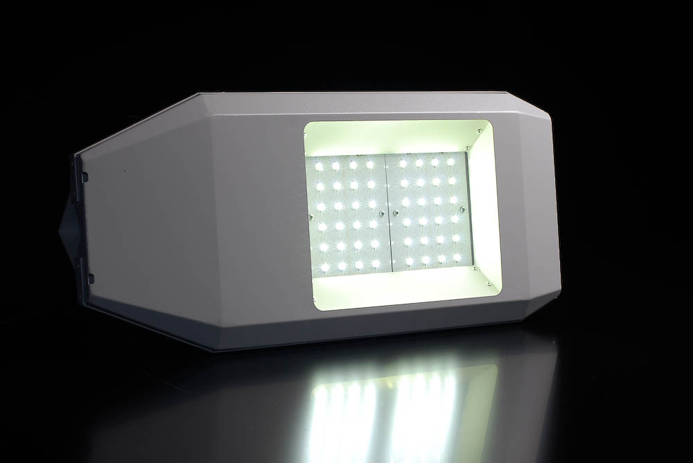 Светильник консольный светодиодный наружного освещения LED-STREET, аналог уличный фонарь РКУ с ДРЛ