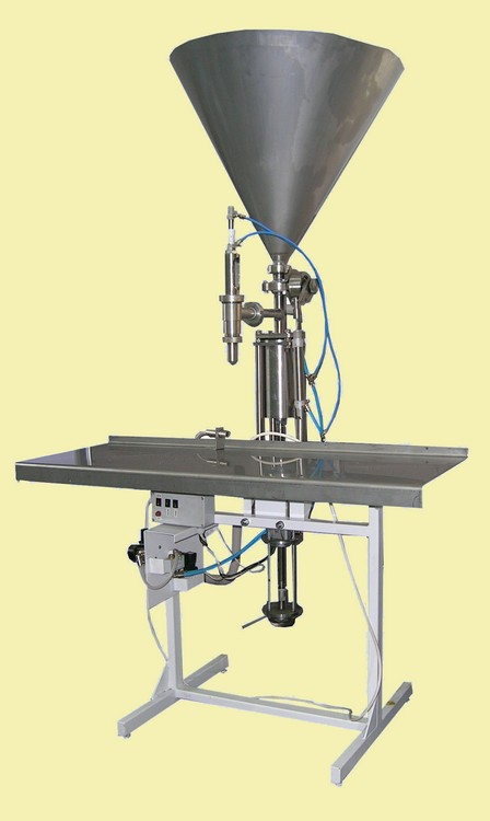 Buy The semi-automatic doser with the range of dosing of 500 … 2000 ml of UFP-25PA-D