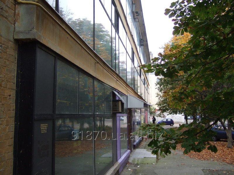 Купити Коммерческая недвижимость - отдельно достойное дом в центре Чернигова 2012 г.кв.