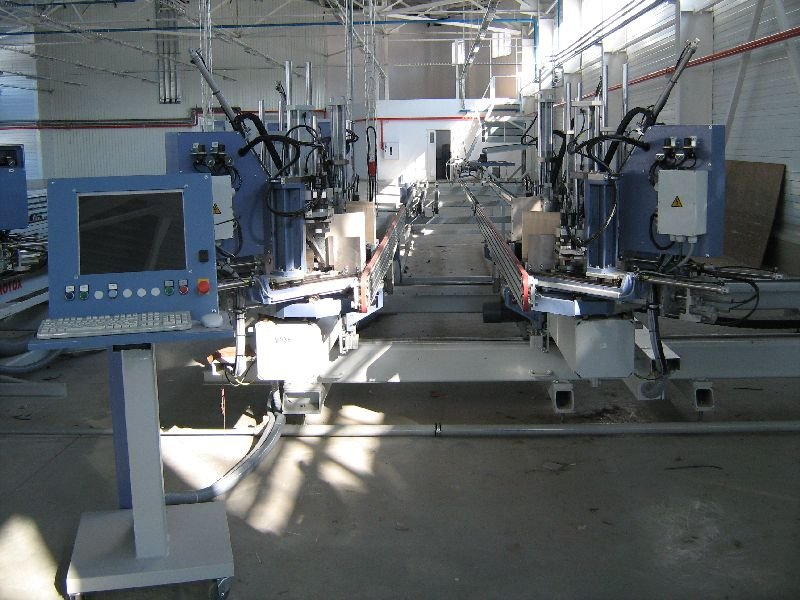 Купить Комплект Оборудования на 200 -240 окон в смену Rotox 2009 год