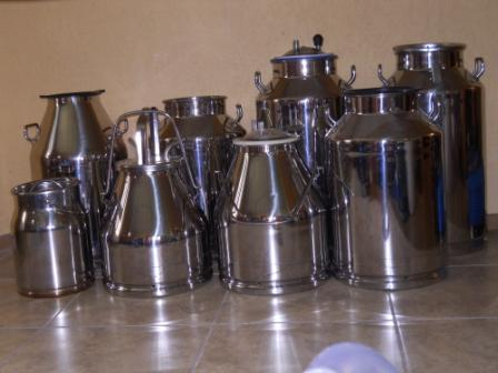 Cans, buckets from stainless steel, polycarbonate for milk and various liquids. From 10 to 50 liters