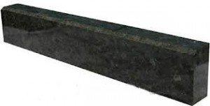 Бордюры гранитные габбро, бордюры их черного гранита, бордюры из камня, бордюры габбро