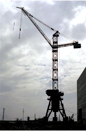 Купить Кран башенный БК-1000Б для укрупненного монтажа различных промышленных зданий и сооружений.