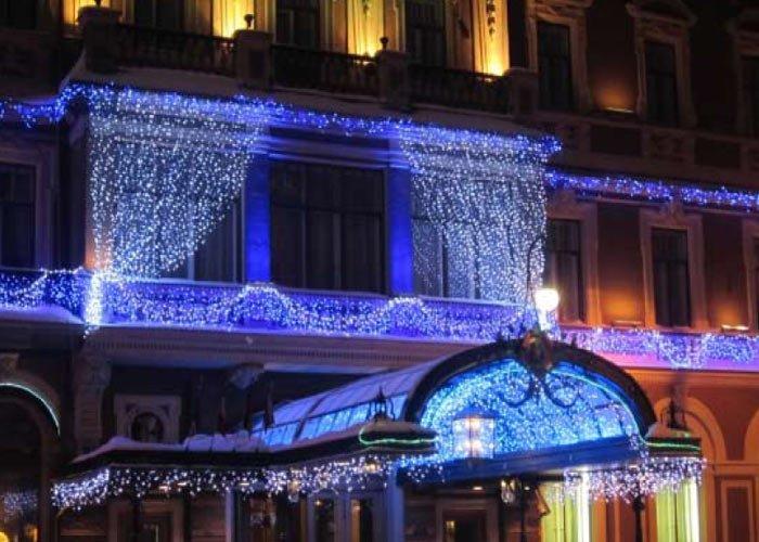 Купить Светодиодный занавес(2 х 1,5 метра).Световая штора.Новогоднее оформление зданий.