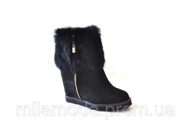 Чоботи жіночі зимові замшеві чорні півчобітки на змійці на платформі ... ad7a21f77cc7c