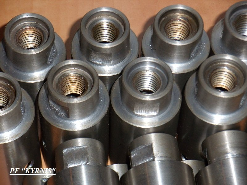 Buy Shaft, plugs, axes for mechanical engineering and equipment with head with a metal lock, brass