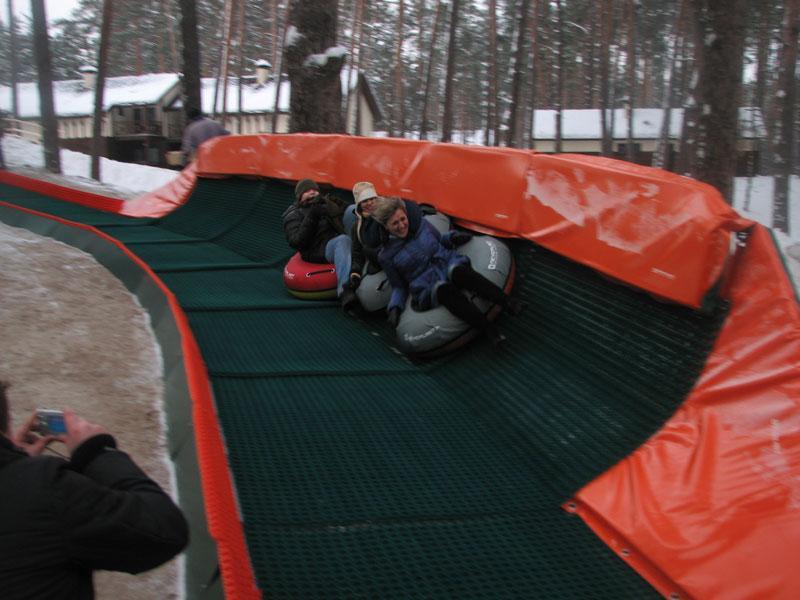 Купить Снежные горки. Искусственное покрытие для горнолыжных склонов.