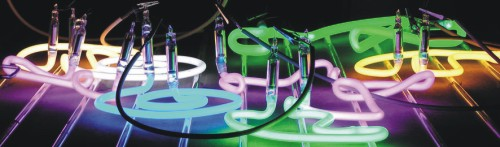 Купить Неоновая засветка - используется в световых коробах сложной формы, когда нет возможности установить люминесцентные лампы.