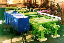 Купити Поршневі компресори 2ГМ, 4ГМ нафтопереробної промисловості для дожатия водородосодержащих і димових газів, а також технічного водню в установках каталітичного риформинга й гідроочищення дизельних палив.