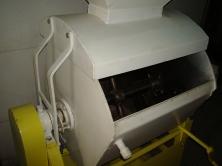 Тестомесильные машины крутого теста с рубашкой 130л
