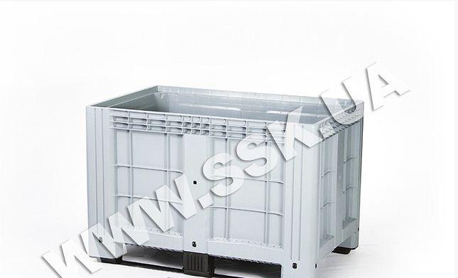 Цельнолитой пластиковый контейнер iBox на полозьях