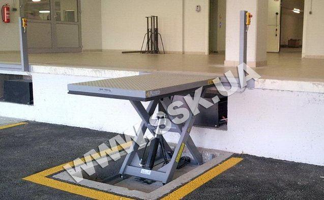 Доковый гидравлический подъемник 3000х2000мм