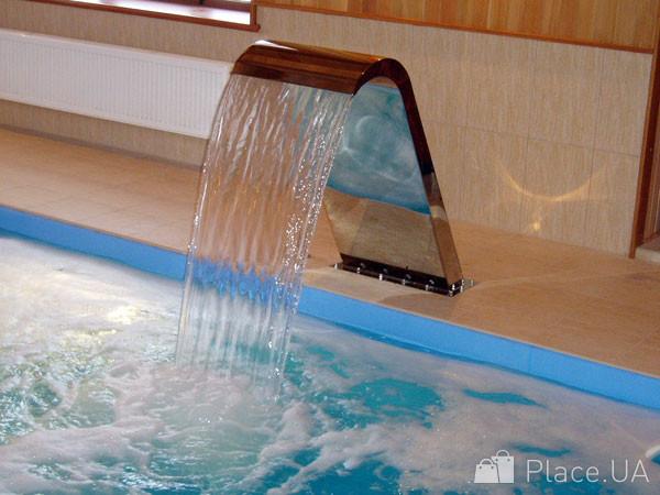 Водопады для бассейнов