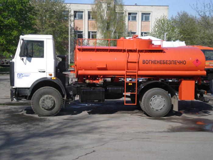 Автотопливозаправщик АТЗ-10-533702