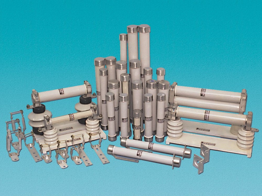 High-voltage fuses of the PKT series