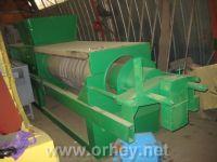 Пресс ВПШ-5 для производства яблочного сока.