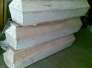 Труни дерев'яні
