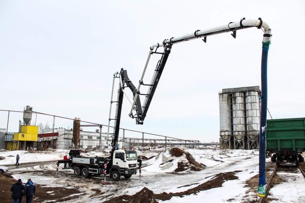 Строительное оборудование,машины и оборудование для бетонных работ,бетононасосные установки,автобетононасосы
