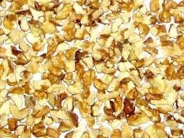 Очищенный грецкий орех четверть