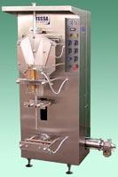 Купить Агрегаты упаковочныe по розливу молока в полиэтиленовые пакеты в атмосфере инертного газа серия М-11.