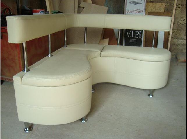 Купить Диваны офисные. Изготовление кожаной мебели. Ремонт, перетяжка, изменение дизайна кожаной мебели.