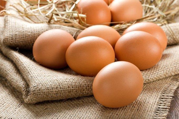 Яйца куриные столовые коричневые, категория С1