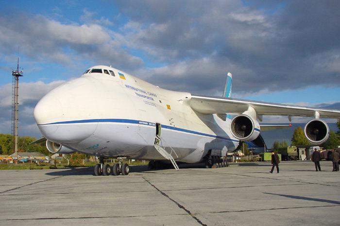 "Тяжелый транспортный самолет Ан-124-100 ""Руслан"""