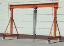 Купити Козлові крани КРК можуть комплектуватися піднімальними обладнаннями як електричними, так і ручними. Габаритний розмір LB варіативний, завдяки клемовому з'єднанню. Кран легко трансформується, ви-во Stahlcranesystems (Німеччина)