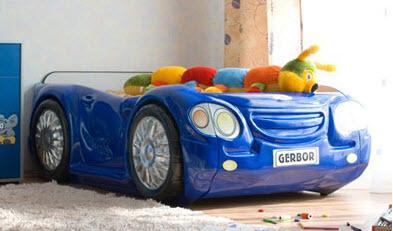 Детская кровать-машина своими руками | Домашний способ