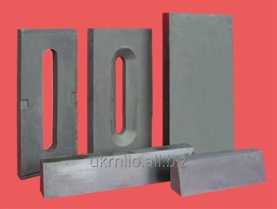 Ogneupora for steklovarenny furnaces of production of fiber glass