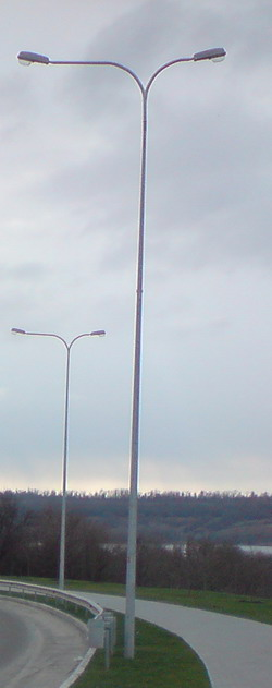 Опоры линий электропередач и освещения