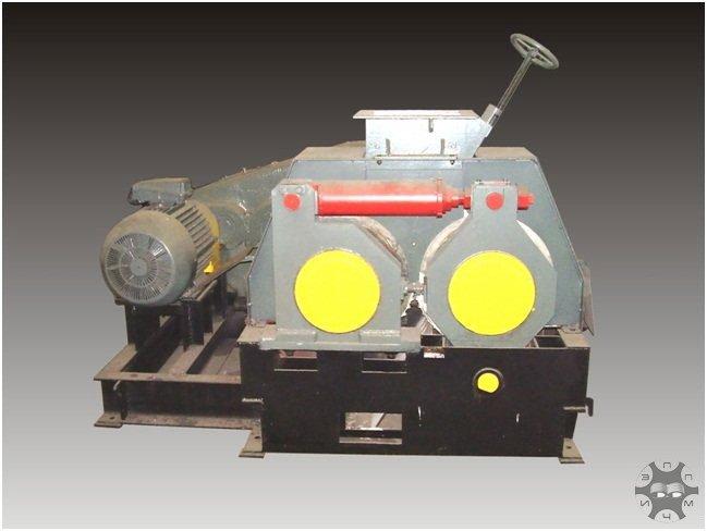Пресс валковый для брикетирования отсевов агломерата, окатышей , отходов металлургической и угольной промышленности