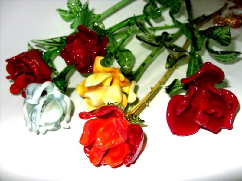 Цветы оптом львов, заказать цветы на ветеранов труда