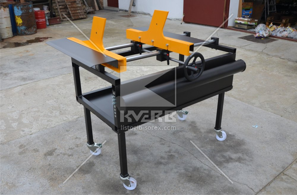 """Buy He machine for formation of chimney """"apron"""" of a pipe (a tin salary) of Sorex SK - 2000"""