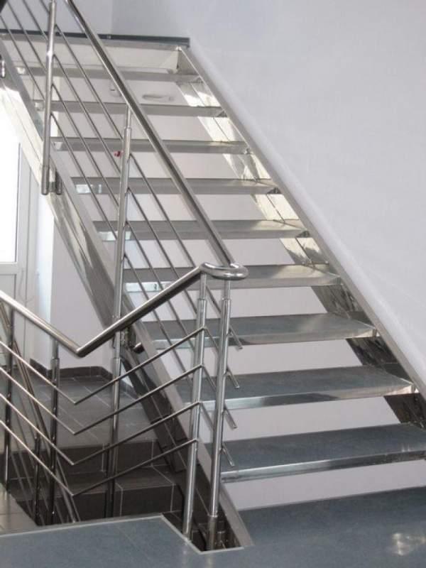 Лестницы для офисных помещений