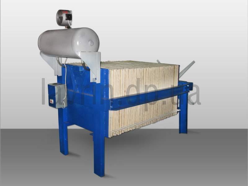 Line filtration of vegetable oils, P-5