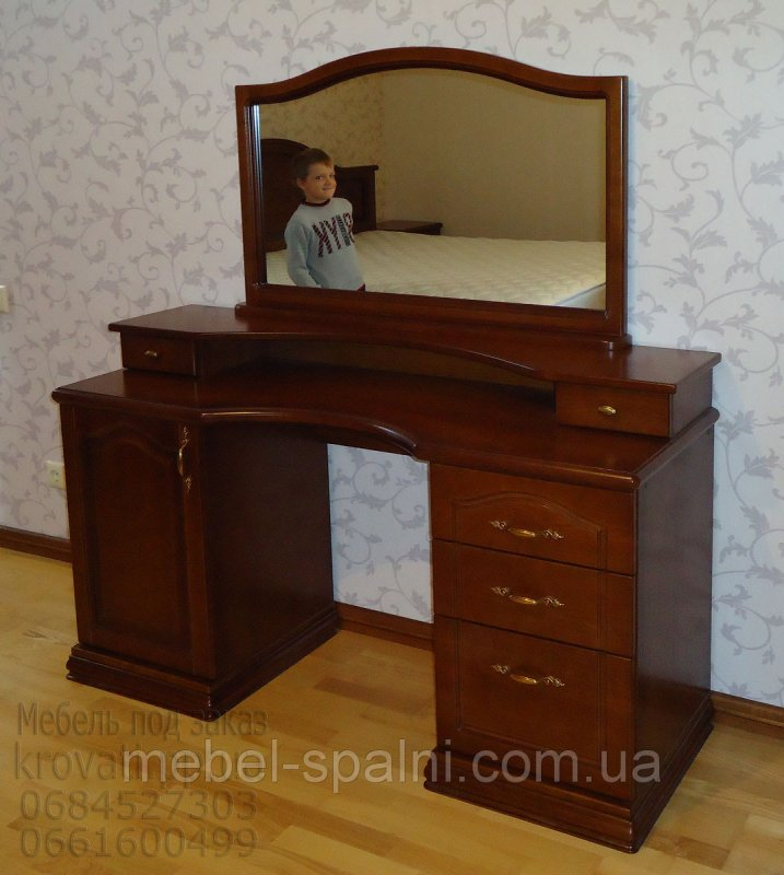 Фото трюмо с зеркалом