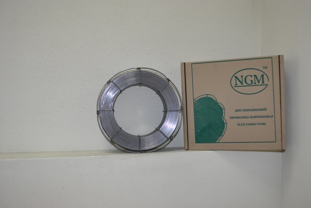 Flux cored wire naplavochny PP-NP-90G13N4(PP-AN105)