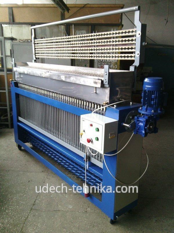 Машина для изготовления парафиновых свечей UTMS-200-17