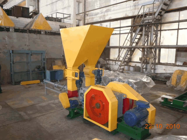 Buy Press briquetting PMB-76 for production of fuel briquettes with a diameter from 76-81 mm from pod, a peel of sunflower, briquetting of sawdust of wood of soft and strong breeds, straw and other vegetable waste of grain crops
