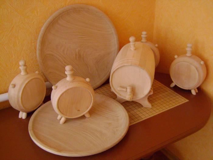 Посуда деревянная бытовая