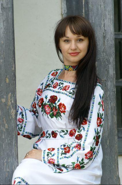 Вишиті бісером українські сорочки купити в Ошихлебы 50e93fee70da3