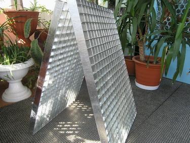 Flooring latticed