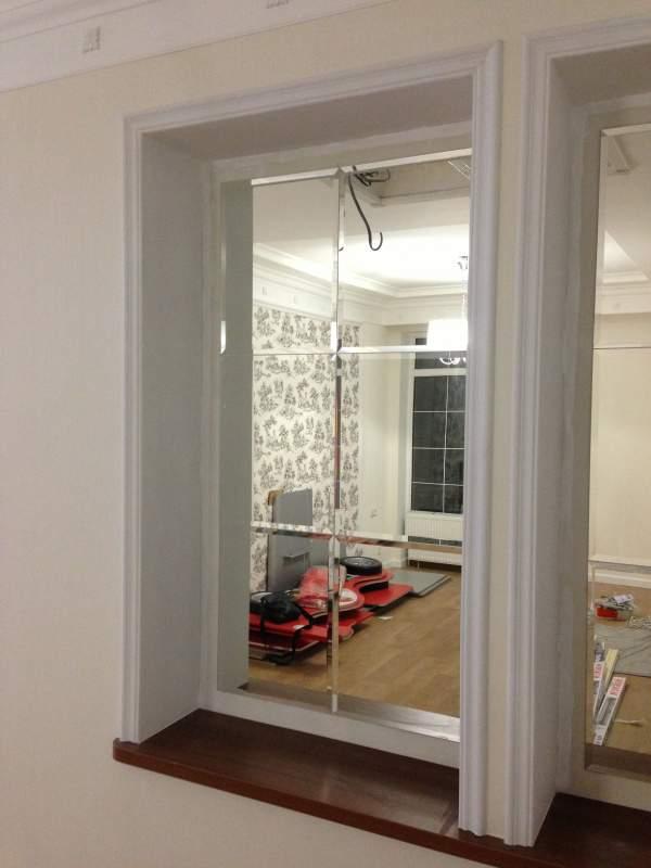 Псевдо-окно из фацетированного зеркала