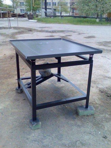 Купити Вибростол для виробництва тротуарної плитки й заборів 2м. х 1м.